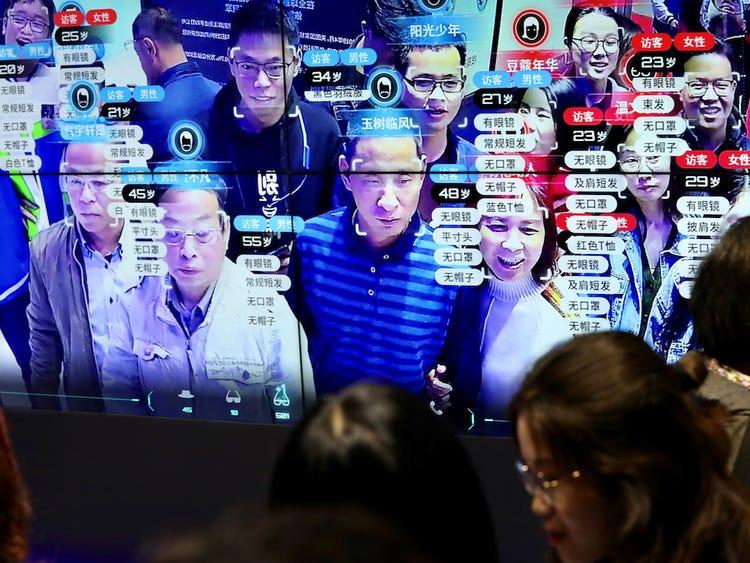 Một màn hình hiển thị công nghệ nhận dạng khuôn mặt tại Triển lãm Trung Quốc Kỹ thuật số ở Phúc Châu, Trung Quốc, vào ngày 8/5/2019