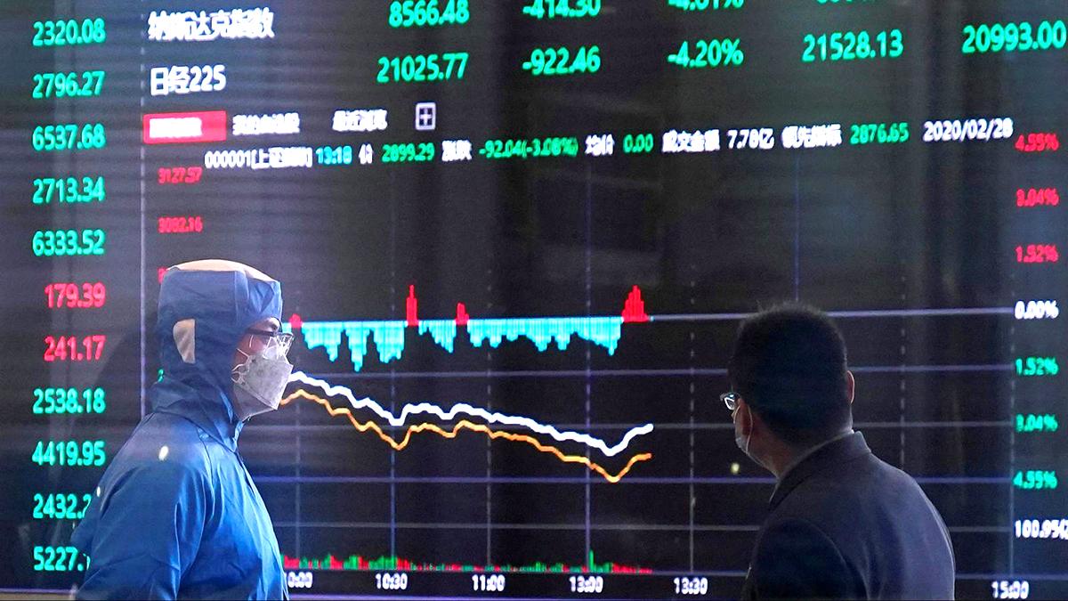 Đại dịch tàn phá nền kinh tế thế giới, 3 dấu hiệu cảnh báo cho cuộc khủng hoảng sắp tới