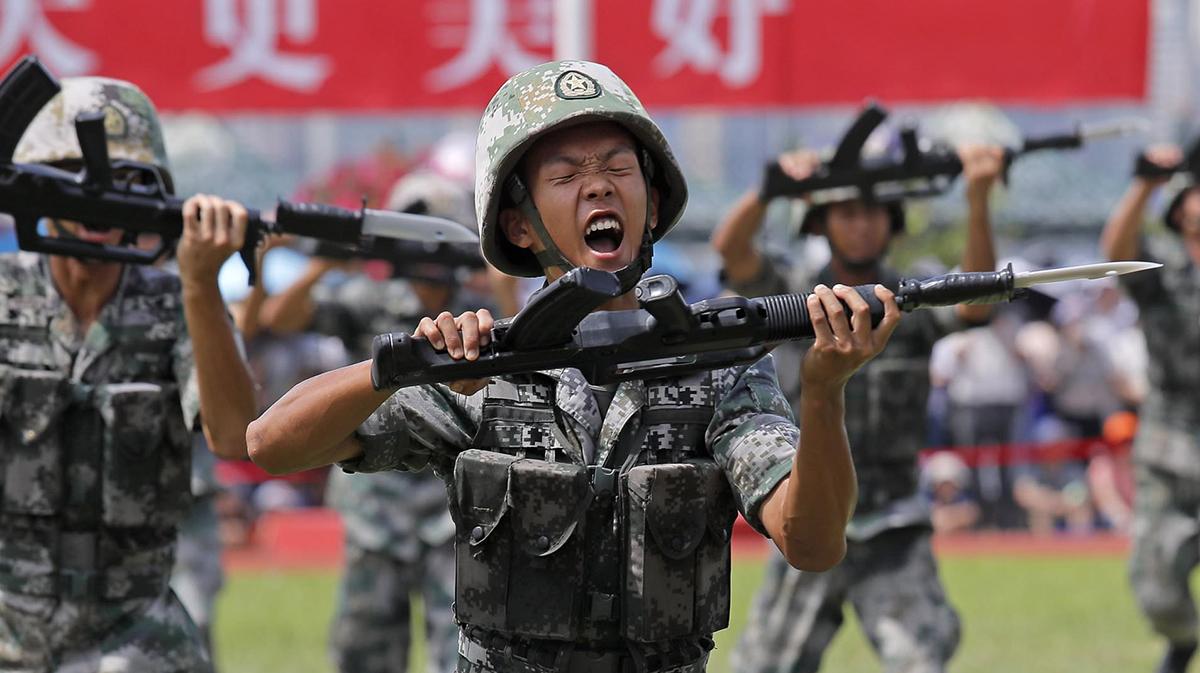 Thanh niên Trung Quốc bị phạt nặng vì từ chối thực hiện nghĩa vụ quân sự