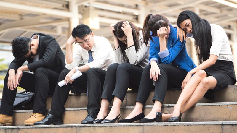 Khủng hoảng thất nghiệp, thanh niên Trung Quốc giả vờ đi ra ngoài cả ngày để giấu gia đình (ảnh 1)