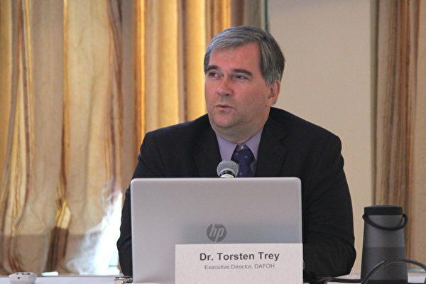 """Torsten Trey, Giám đốc điều hành của """"Các bác sĩ chống cưỡng bức mổ cướp nội tạng"""""""