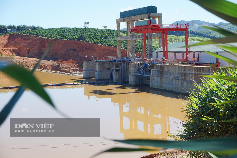Thủy điện tích nước trái phép làm nông dân thiệt hại nặng hàng tỉ đồng bị phạt… 25 triệu đồng - Ảnh 1