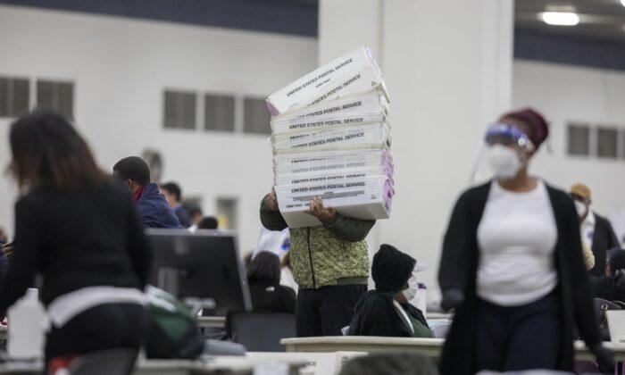 Giám đốc của Big Data Poll: Hơn 10.000 người chết bỏ phiếu ở Michigan