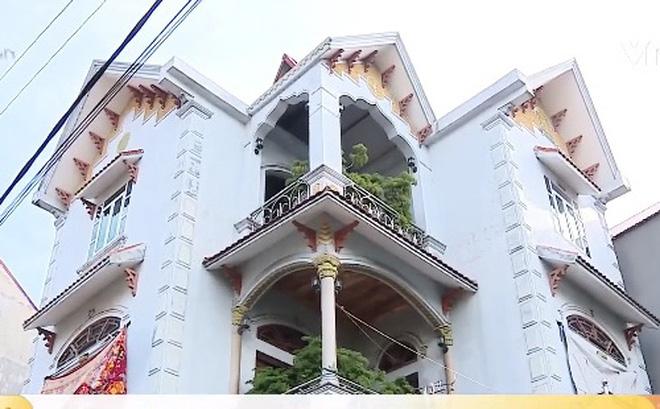 """Vụ hộ nghèo có nhà 3 tầng ở Bắc Giang: """"Tôi không được đào tạo về rà soát hộ nghèo"""" - Ảnh 1"""