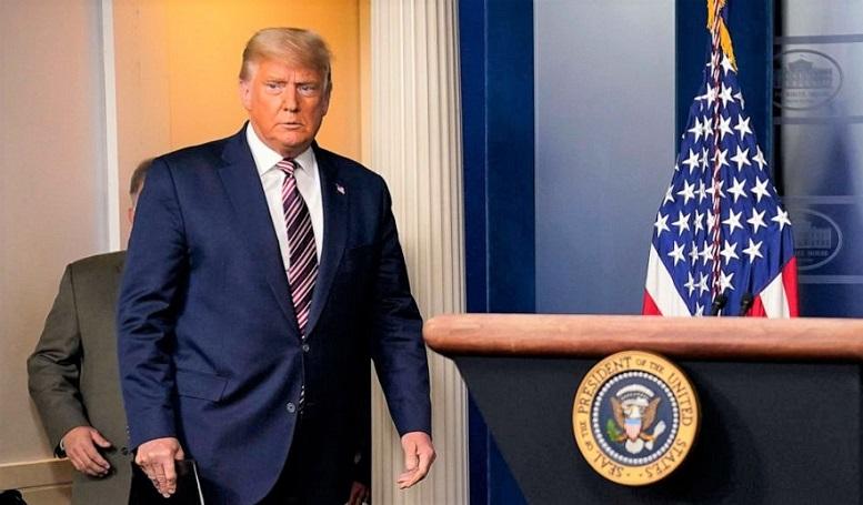 Tổng thống Mỹ Donald Trump đến phát biểu tại Nhà Trắng, ở Washington ngày 5/11/2020