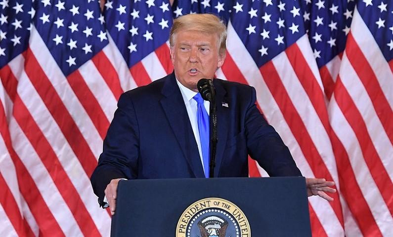 ổng thống Donald Trump phát biểu trong đêm bầu cử tại Phòng Đông của Nhà Trắng