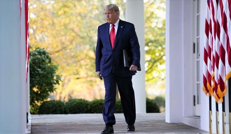 Tổng thống Donald Trump đến phát biểu tại Vườn Hồng của Nhà Trắng vào ngày 13/11/2020