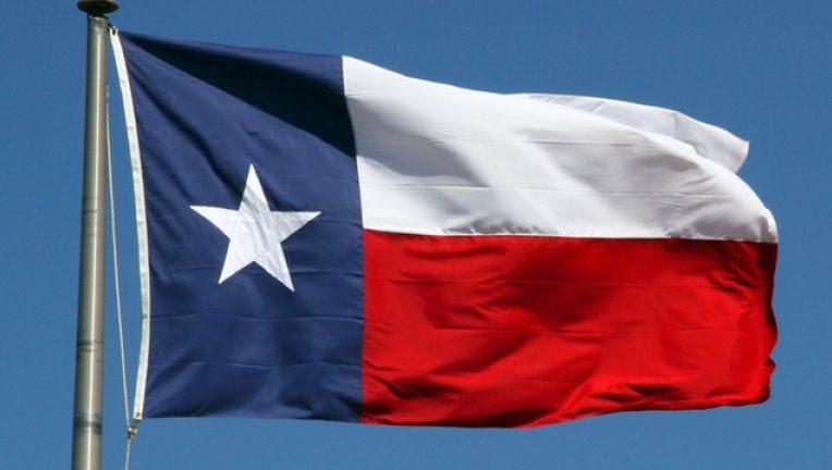 TCPV từ chối vụ kiện lịch sử, Texas muốn ly khai, Tổng thống Trump ban hành Thiết quân luật?