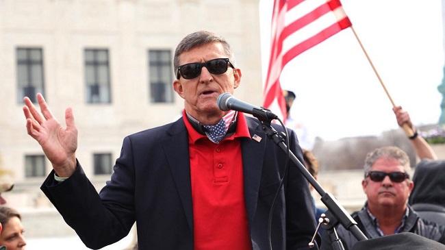 Tướng Michael Flynn phát biểu trước những người diễu hành biểu tình