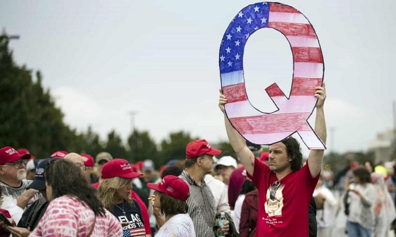 Hàng triệu người dân Mỹ đã thức tỉnh nhờ Q
