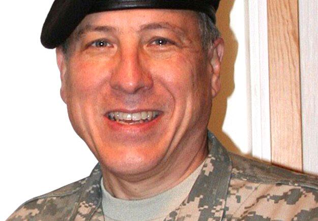 Cựu đại tá dự bị quân đội Hoa Kỳ Lawrence Sellin