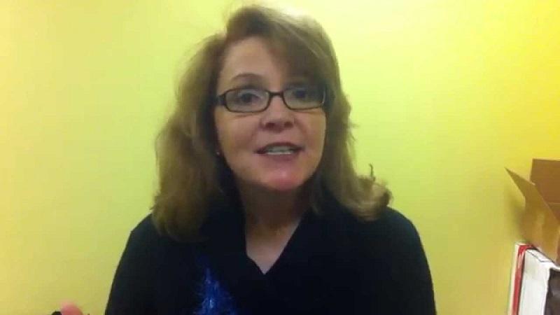 Tiến sĩ Kelly Moore
