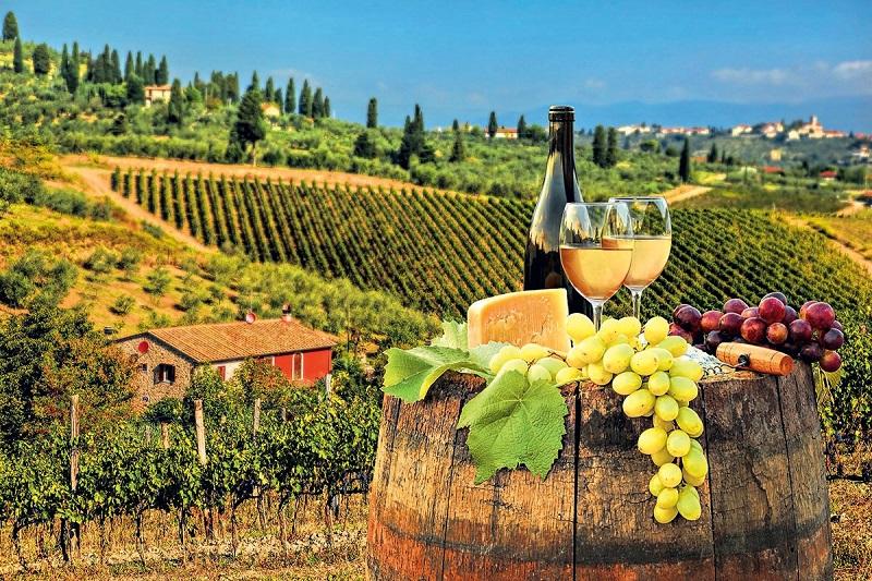 rượu và trái cây