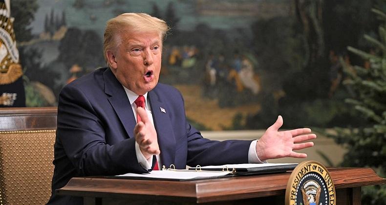 Tổng thống Donald Trump trò chuyện qua video với các binh sĩ Mỹ đồn trú ở nước ngoài trong Lễ Tạ ơn hôm 26/11/2020