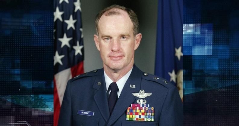 Cựu tướng không quân Thomas McInerney