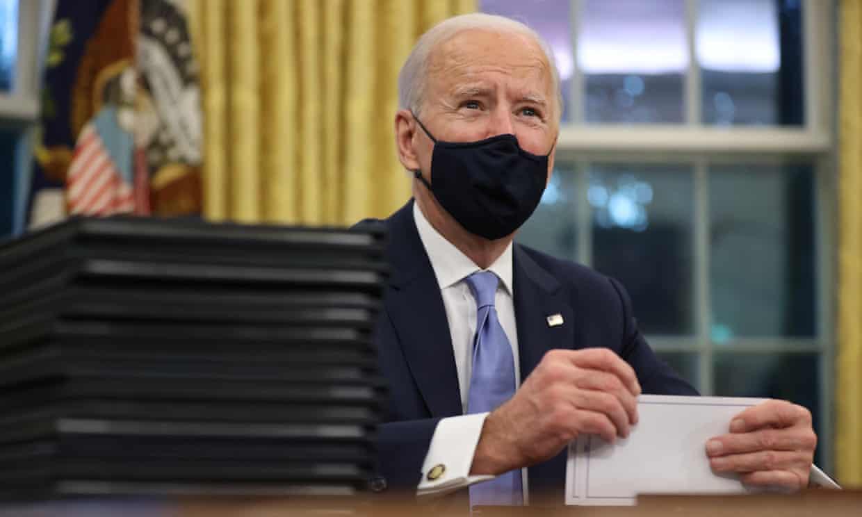 Ông Biden dự kiến ký 17 sắc lệnh, đảo ngược chính sách của ông Trump