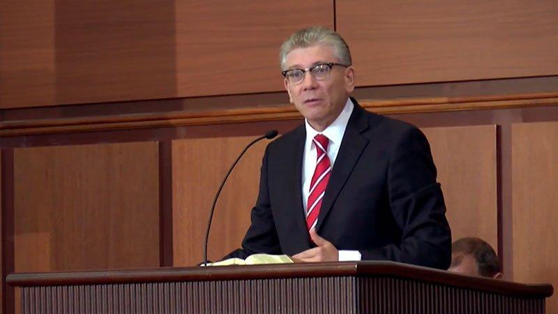 Mục sư Cristian Ionescu