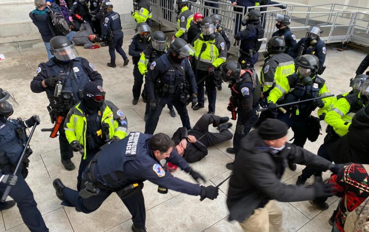Chuyên gia: Ngày càng nhiều bằng chứng cho thấy cựu TT Donald Trump không phải là người kích động bạo loạn