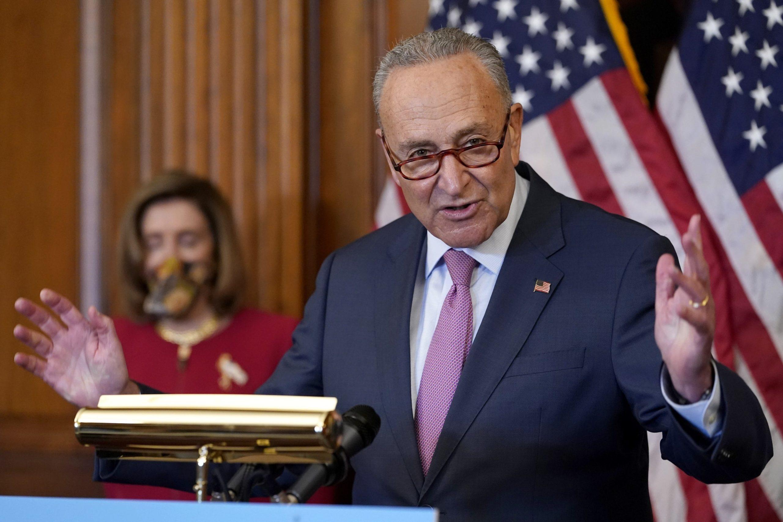 Các Thượng Nghị sĩ cân nhắc việc chỉ trích Trump thay cho phiên tòa luận tội - Ảnh 1