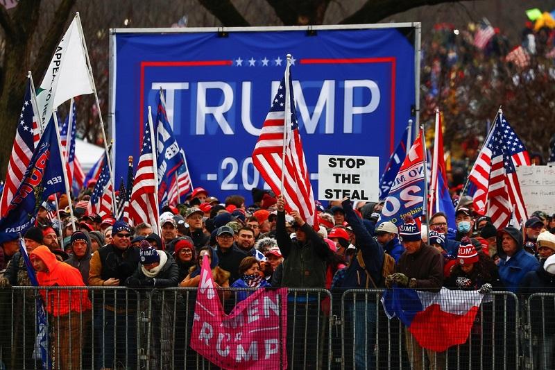 Người dân Mỹ phản đối gian lận bầu cử