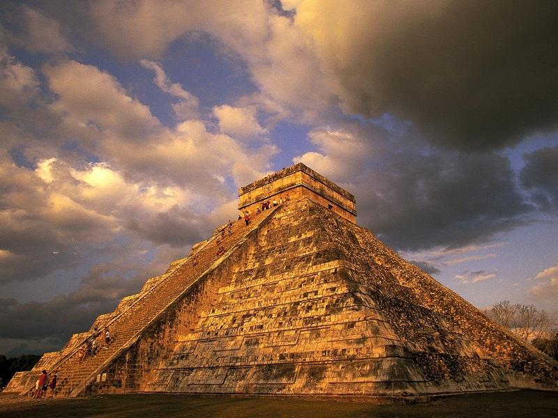 Kim tự tháp cổ Phetan