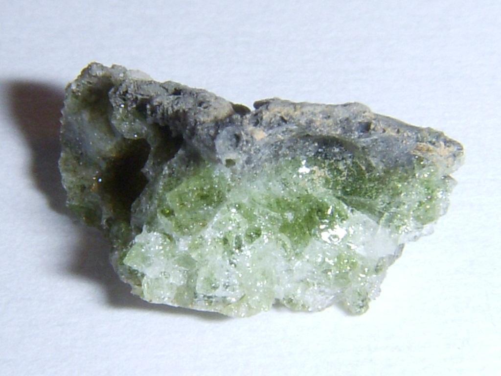 Bí ẩn những viên đá thủy tinh hàng chục triệu năm tuổi - Dấu tích bom nguyên tử thời tiền sử? - ảnh 7