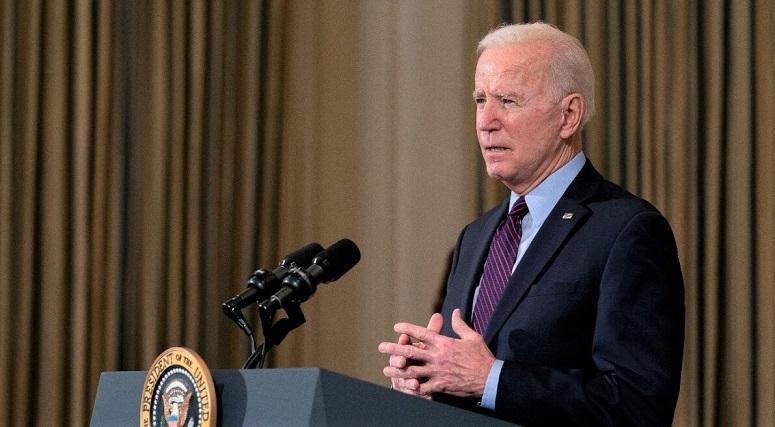 Tổng thống Joe Biden đưa ra nhận xét về nền kinh tế quốc gia và sự cần thiết của gói viện trợ 1.900 tỷ USD do chính quyền của ông đề xuất trong Phòng ăn Nhà nước tại Nhà Trắng ở Washington, vào ngày 5/2/2021