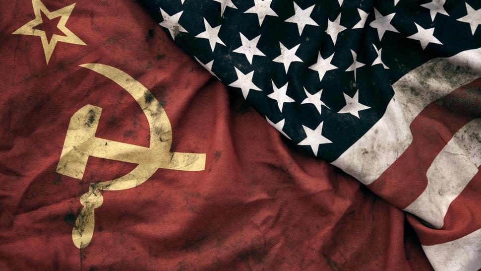 Mỹ: Học sinh lớp năm bị buộc phải tôn vinh 'Chủ nghĩa cộng sản da đen'