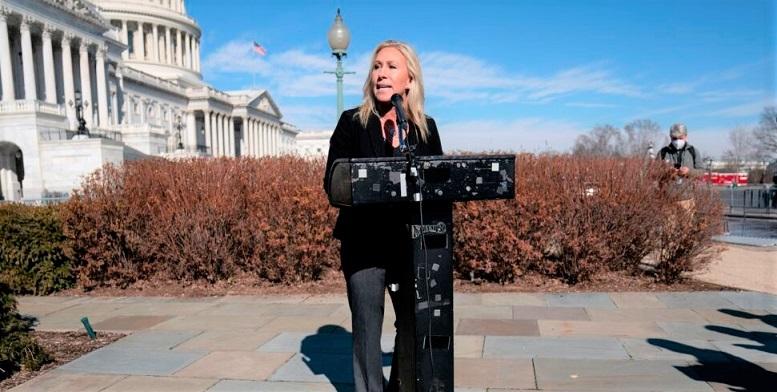 Dân biểu Đảng Cộng hòa Marjorie Taylor Greene bang Georgia, phát biểu trong cuộc họp báo trên Đồi Capitol tại Washington, DC vào ngày 5/2/2021