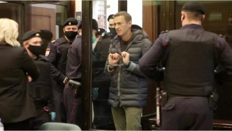 Nga : Nhà đối lập Alexei Navalny bị kết án tù giam