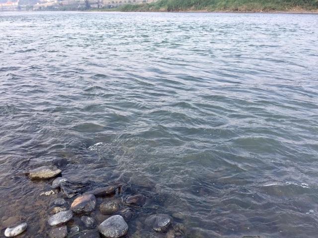 Sau Mekong đến lượt sông Hồng chuyển sang màu xanh, nguyên nhân cùng từ Trung Quốc?