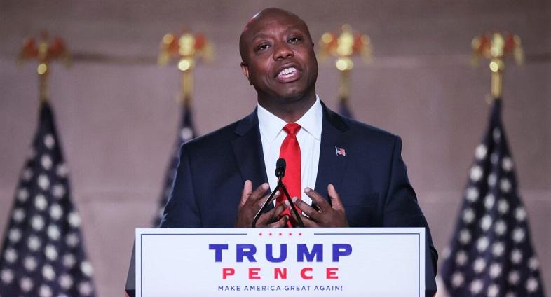 Thượng nghị sĩ Tim Scott của bang South Carolina phát biểu trước Hội nghị Quốc gia của Đảng Cộng hòa tại Thính phòng Mellon ở Washington, DC vào ngày 24/8/2020.