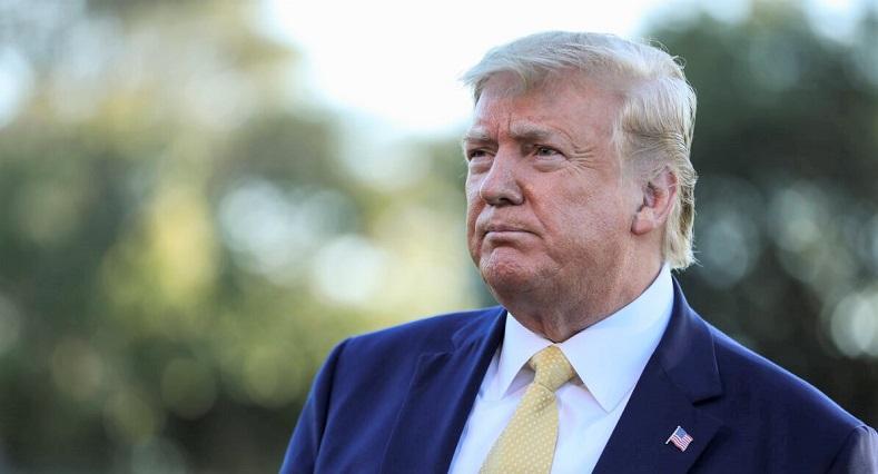 Tổng thống Donald Trump phát biểu trước truyền thông trước khi rời Nhà Trắng tbằng Không Lực Một vào ngày 11/10/2019