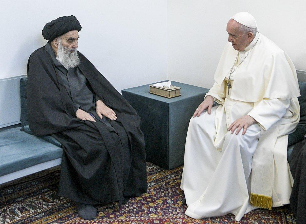 Giáo hoàng cùng giáo sĩ Shiite hàng đầu Iraq truyền tải thông điệp chung sống hòa bình - Ảnh 1