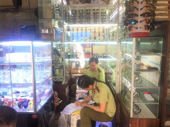 Mỹ nói chợ Bến Thành, Shopee tai tiếng: Tổng cục QLTT nói gì? - Ảnh 1