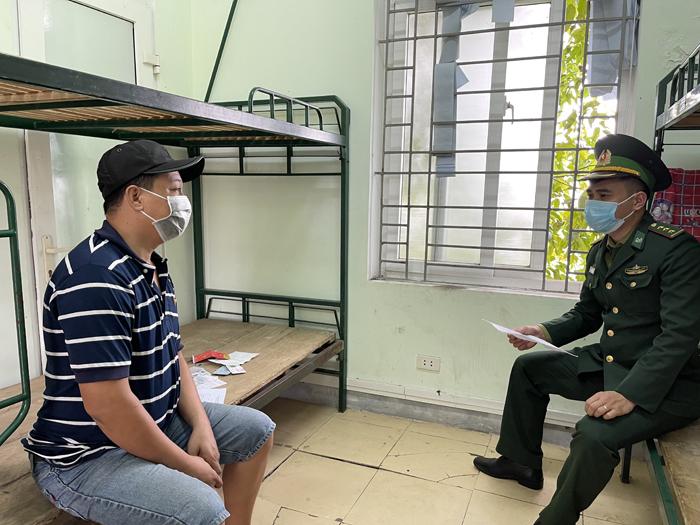 Đề nghị khởi tố tài xế và chủ xe trong vụ chở 53 người Trung Quốc nhập cảnh trái phép - Ảnh 1