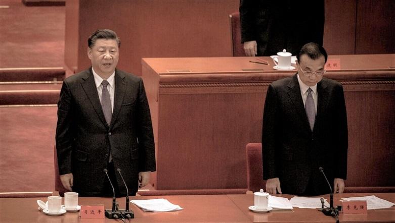 Chủ tịch Trung Quốc Tập Cận Bình và Thủ tướng Lý Khắc Cường tại buổi lễ kỷ niệm 70 năm Trung Quốc tham gia Chiến tranh Triều Tiên, tại Đại lễ đường Nhân dân ở Bắc Kinh vào ngày 23/10/2020