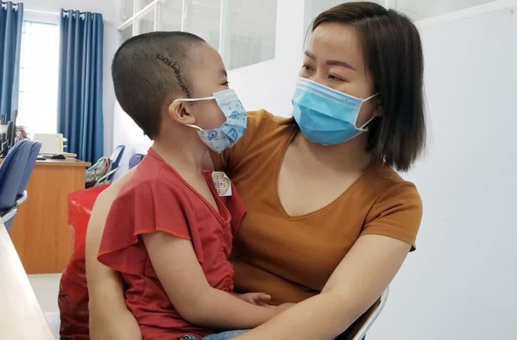 Trẻ 5-10 tuổi bị đột quỵ do bệnh thần kinh Moyamoya: Liệt nặng, hôn mê khi nhập viện - Ảnh 1