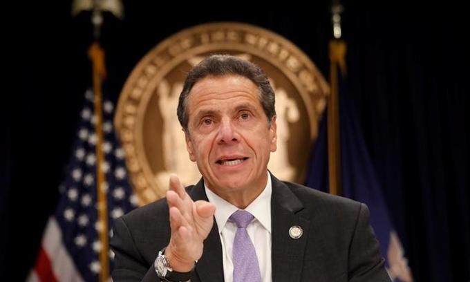 Thống đốc New York kiên quyết không thoái vị, quan chức Đảng Dân chủ liên tục gây sức ép