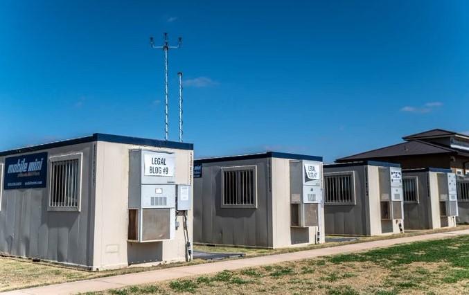 Chính quyền Biden ngăn giới truyền thông tới thăm cơ sở trẻ di cư 'do COVID-19'