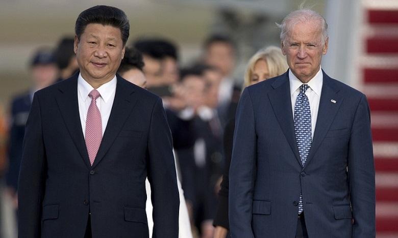 Chủ tịch Trung Quốc Tập Cận Bình (trái) và Phó tổng thống Mỹ Joe Biden trong một sự kiện tại Mỹ năm 2015