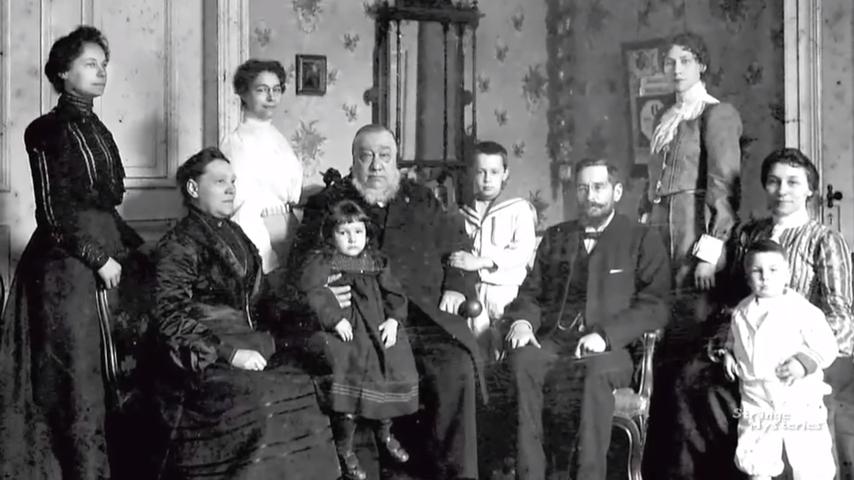 Gia đình cựu tổng thống Nam Phi Paul Kruger. (Ảnh chụp màn hình/ YouTube)