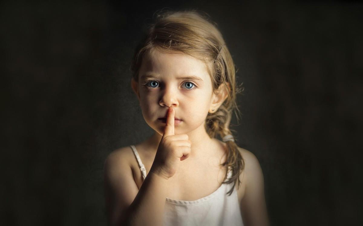 Đức Phật dạy rằng: Tu cái miệng là tu hơn nửa đời người